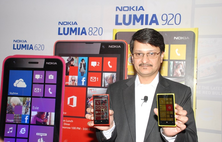 Nokia Lumia 920, Nokia Lumia 820 and Nokia Lumia 620 by Mr.Viral Oza,Director- Marketing Nokia India