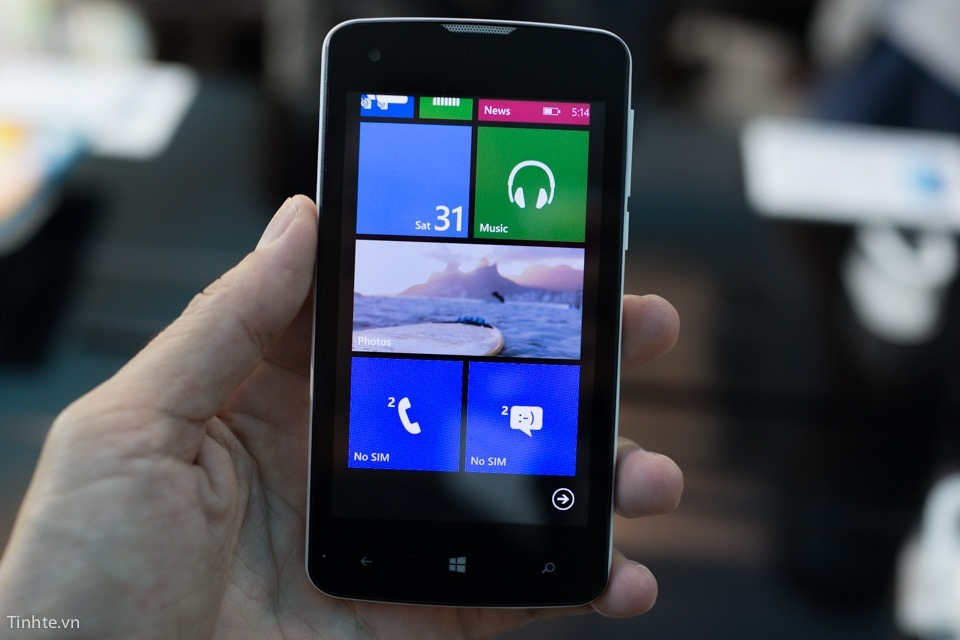 Q-Mobile Windows Phone
